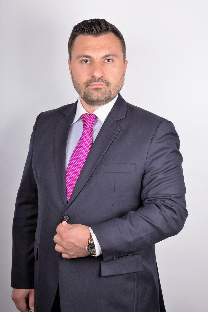Председатель коллегии адвокатов москвы холодил его